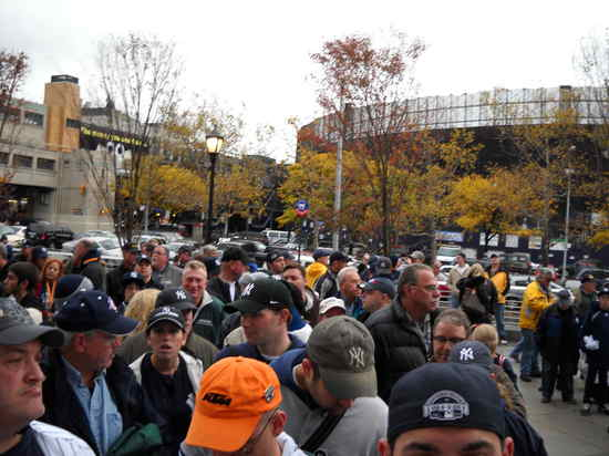 Long line for World Series