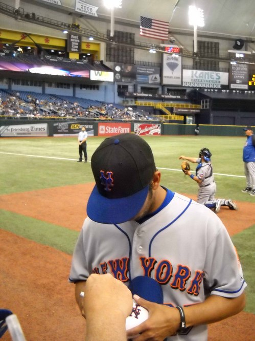 Nelson Figueroa Signing